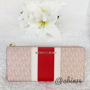 NWT Michael Kors Large three quarter Zip Wallet